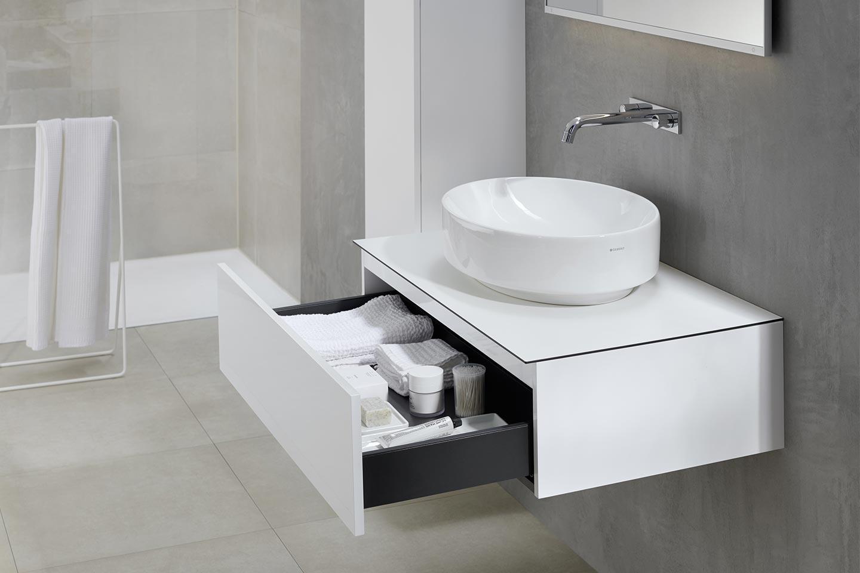 mobile bagno piccolo con lavabo d'appoggio tondo