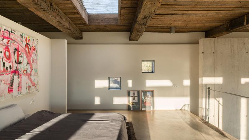 camera da letto nel soppalco