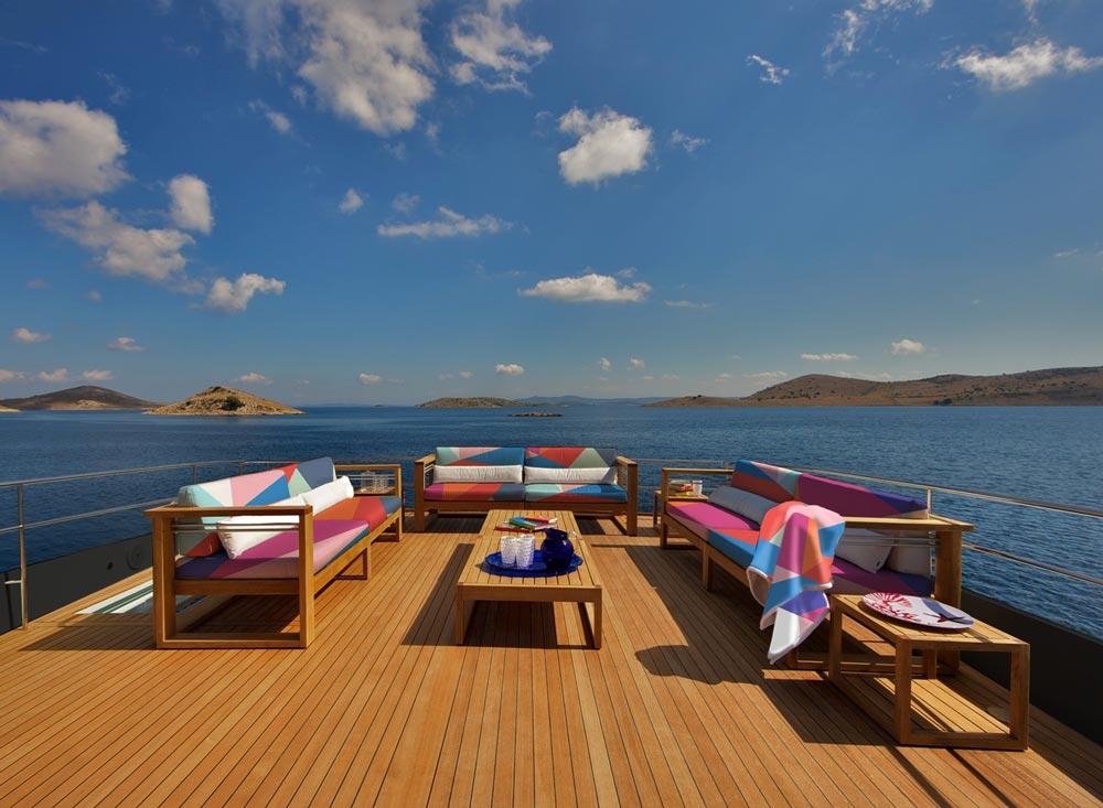 area relax su yacht al mare
