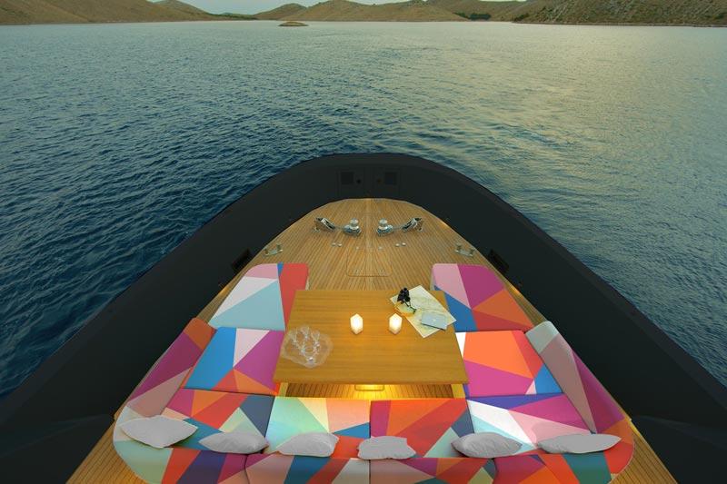 zona relax yacht al mare