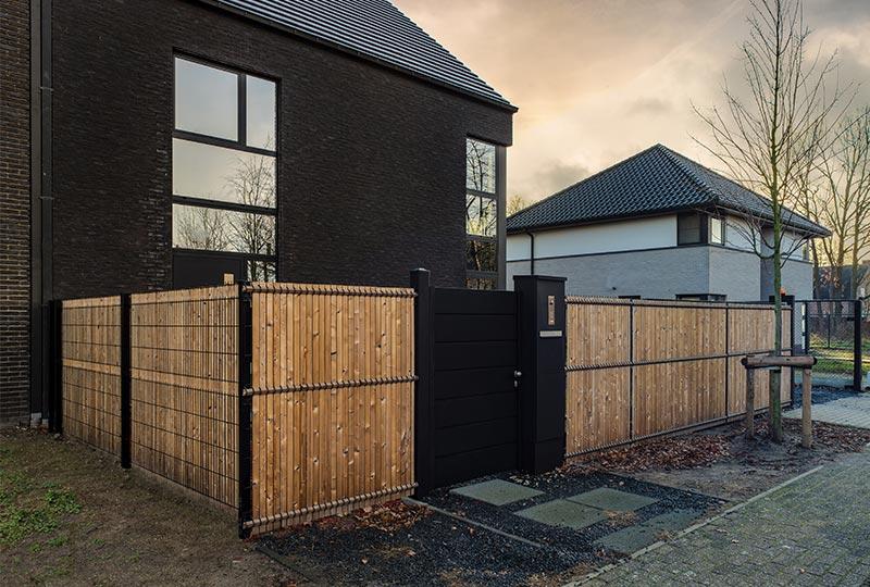 cancello pedonale moderno