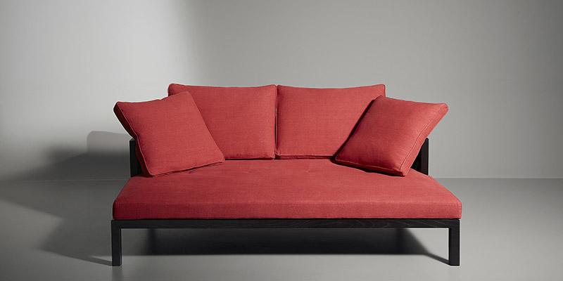 divanetto rosso