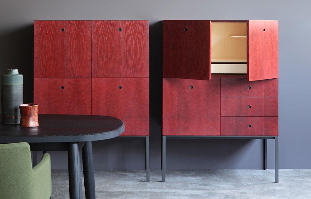 mobili contenitori di colore rosso per il living