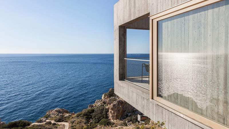 casa contemporanea con aperture verso il mare