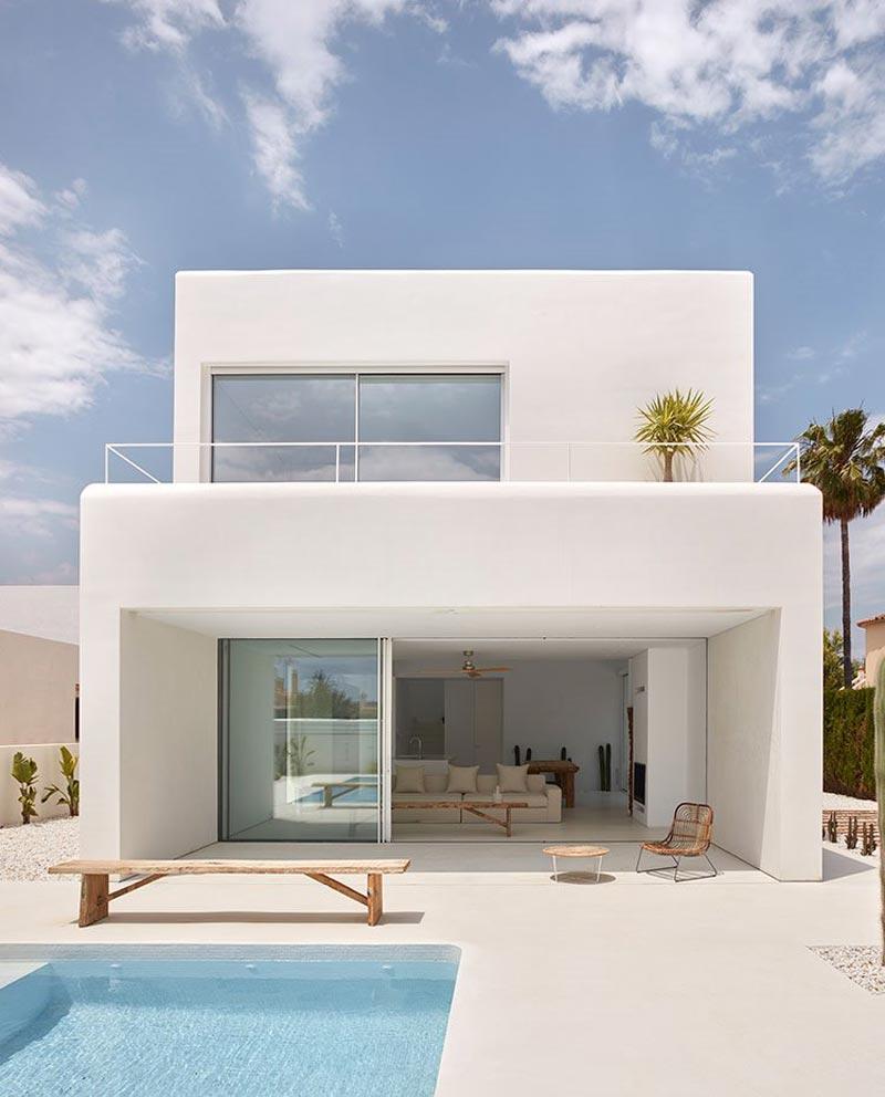 villa contemporanea bianca