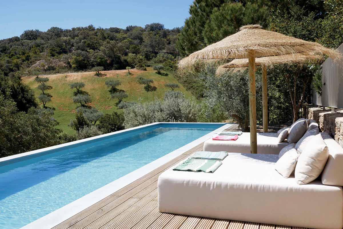 piscina panoramica rettangolare