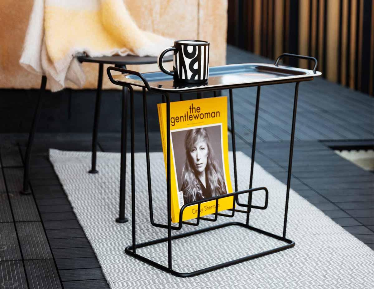 tavolino da salotto con porta riviste