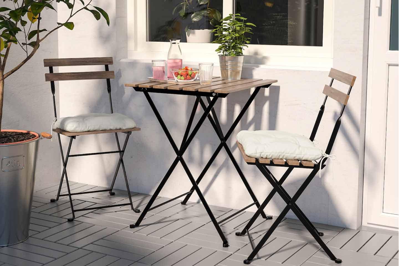 tavolo e  sedie pieghevoli da giardino