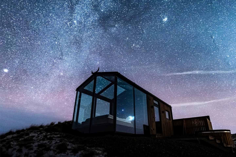 Resort Panorama Glass Lodge in Islanda