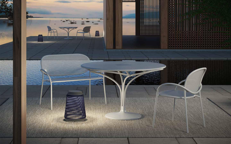 tavolo da giardino con panca e sedia in alluminio