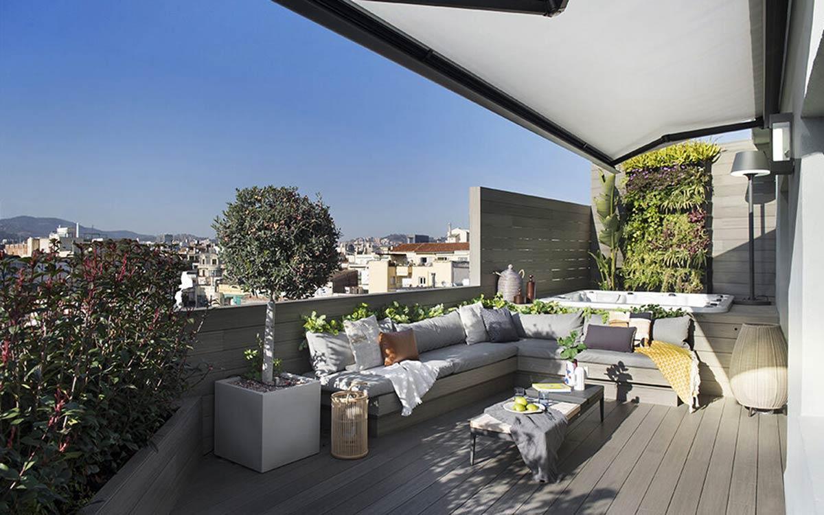 terrazza con jacuzzi