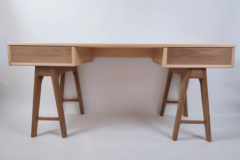 scrivania design scandinavo