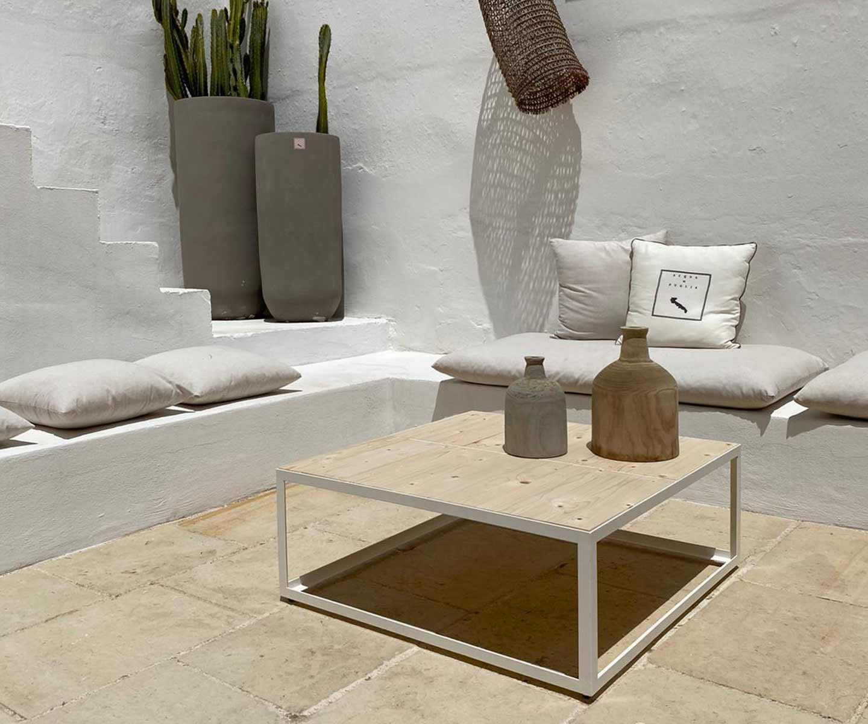tavolino artigianale in ferro e legno