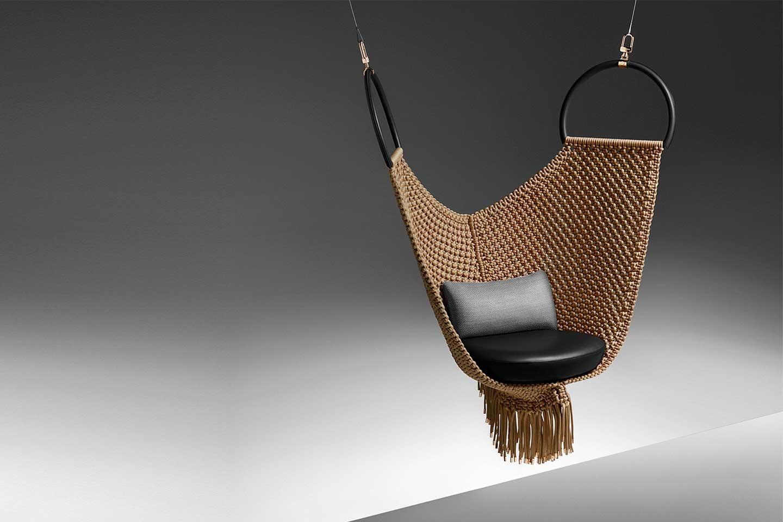 poltrona sospesa Objets Nomades di Louis Vuitton