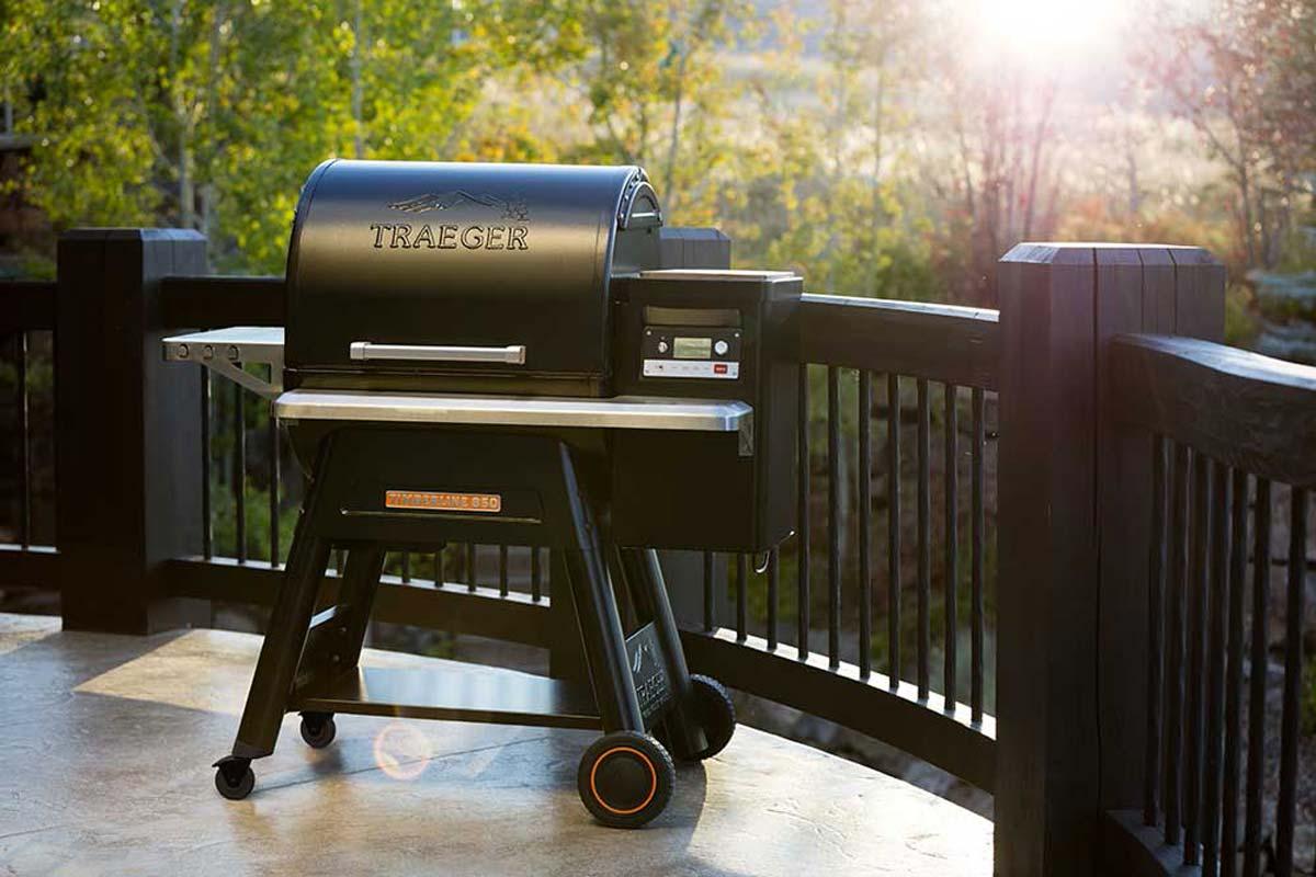 barbecue a pellet sul terrazzo